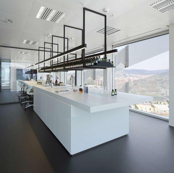 نمونه آزمایشگاه با استاندارد
